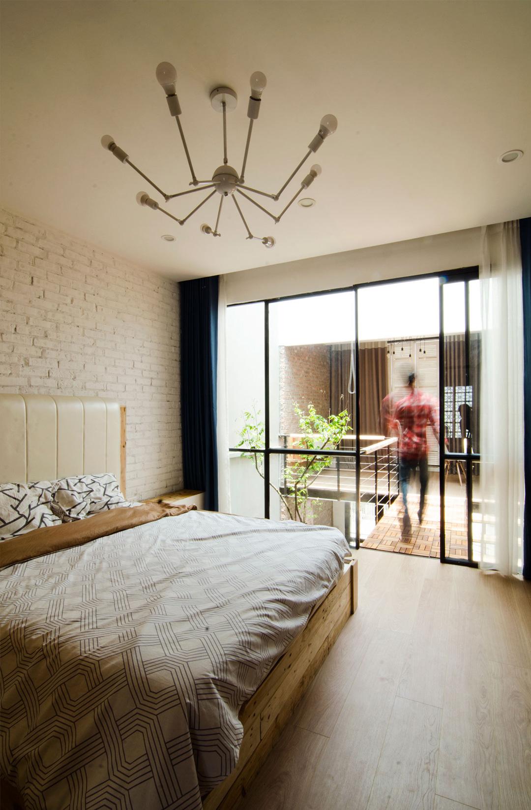 casa-pequena-vietna-casal-arquitetura-um-cafe-pra-dois-04